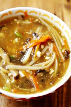 Restaurant Style Chinese Hot and Sour Soup (Vegan):