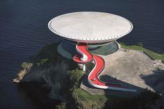 Leonardo Finotti · Oscar Niemeyer. The Man Who Built Brasilia · Divisare