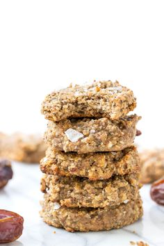 Sea Salt + Date Quinoa Breakfast Cookies - Simply Quinoa Quinoa Breakfast, Breakfast Cookies, Breakfast Recipes, Alkaline Breakfast, Breakfast Ideas, Vegan Sweets, Healthy Desserts, Healthy Fats, Paleo