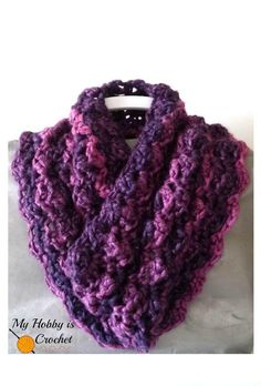 Purple Paris Cowl.  Free pattern for this easy-level pattern worked with bulky yarn.