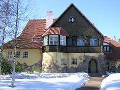 hvitträsk, Eliel Saarinen's jugendhouse in Finland Family Tree For Kids, Beautiful Homes, Beautiful Places, Eero Saarinen, Helsinki, Villa, Mansions, Architecture, House Styles