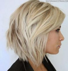 This is the current hair I want. SO BAD. I will be blonde with short hair one day.