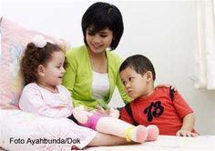 :: 4 Kiat Mengasah Sosialisasi Anak :: Psikologi :: Artikel :: Ayahbunda :: Face, Kids, Young Children, Children, Kid, Faces, Children's Comics, Child, Kids Part