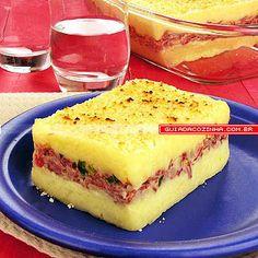 Receita de Torta de mandioca com carne-seca