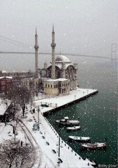 Ortaköy, Bosphorus....my part of Istanbul! Plaese snow please snow please snow...