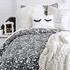 Channeling Chanel Collection - Black and White - Trends