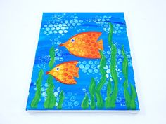 Don't limit bubble wrap to just protecting and popping – Paint with it, too! Create colorful texture with this fun and easy underwater canvas painting!