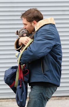 Tom Hardy spotted shooting scenes with a cute puppy for his upcoming movie 'Animal Rescue' in Brooklyn, NYC. // Photo: Splash News/Corbis // via NY Magazine Bucky Barnes, Tom Hardy Dog, Animal Rescue, Beautiful Men, Beautiful People, Sexy Men, Hot Guys, Pitbulls, How To Look Better