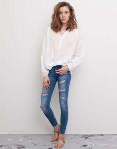 Pull&Bear - mujer - jeans - jeans slim fit con rotos - azul medio - 05682313-I2015