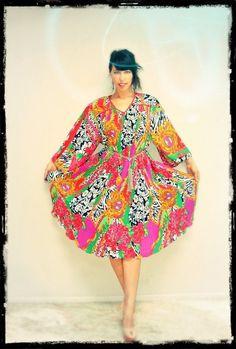 1970s 80s Avant Garde Part Dress / Graphic mixed media Print sundress size Large #DianeFries