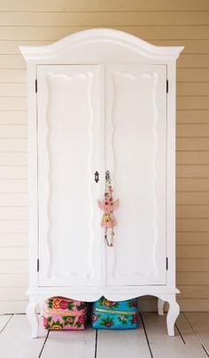 Prachtige kledingskast #kinderkamer   Beautiful closet #kidsroom