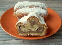 Spekulatius - Stollen, ein raffiniertes Rezept aus der Kategorie Kuchen. Bewertungen: 62. Durchschnitt: Ø 4,4.