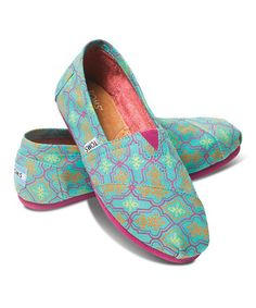 Look at this TOMS Aqua Moroccan Classics on today! Cute Shoes, Me Too Shoes, Awesome Shoes, Comfy Shoes, Moroccan Print, Moroccan Decor, Cheap Womens Shoes, Womens Toms, Toms Classic