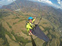 Gleitschirmfliegen in Kolumbien. Die Paragleitflugschule Airsthetik unter Ralf Kahr-Reiter veranstaltet seit Jahren eine Reise mit Gleitschirm in dieses wunderschöne Land.