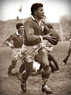 Jean Prat: l'extraordinaire Monsieur Rugby  http://mitidelrugby.altervista.org/jean-prat-lextraordinaire-monsieur-rugby/