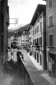 Old streets in #Gargnano #OldFashionedMemory #BlackAndWhite