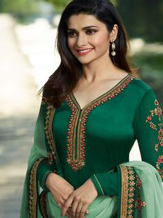 Dress Indian Style, Indian Wear, Indian Outfits, Royal Dresses, Satin Dresses, Prachi Desai, Kurta Neck Design, Photography Women, Portrait Photography