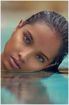 Ideas Photography Ideas Beach Creative Sun photography is part of Beautiful eyes - Beautiful Black Women, Beautiful People, Stunning Girls, Most Beautiful Models, Most Beautiful Faces, Beautiful Curves, Beautiful Ladies, Beautiful Hands, Beautiful Pictures