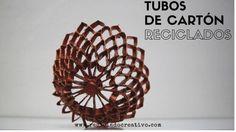Tubos de cartón reciclados y convertidos en objetos decorativos