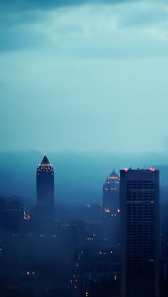 Atlanta in Fog iPhone 5 Wallpaper