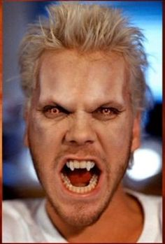 The Lost Boys (1987). Vampires. Kiefer Sutherland.