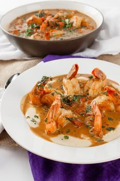 The best recipe for voodoo shrimp. This incredibly complex dish will hypnotize your taste buds. So flavorful and creamy but still low in fat. Cajun Recipes, Shrimp Recipes, Fish Recipes, Cooking Recipes, Healthy Recipes, Creole Recipes, Healthy Food, Cooking Corn, Cajun Food