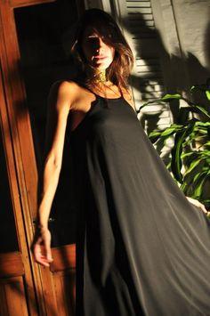 ¡Mirá nuestro nuevo producto Vestido negro ANITA! Si te gusta podés ayudarnos pinéandolo en alguno de tus tableros :)