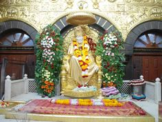 Shirdi Sai Baba is the most sacred saint of India. Hindu, Muslim all the religions of India worship Sai Baba. The Shirdi Sai Baba. Sai Baba Pictures, Sai Baba Photos, Wallpaper Pictures, Photo Wallpaper, Indian Saints, Shirdi Sai Baba Wallpapers, Sai Baba Hd Wallpaper, Ganesh Wallpaper, One Day Tour