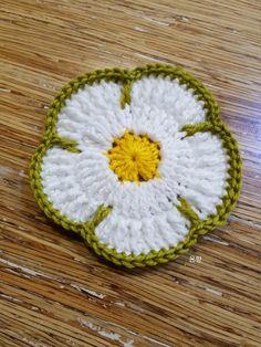 It's been a long time since I made acrylic semis. Crochet Granny, Crochet Doilies, Crochet Flowers, Crochet Stitches, Crochet Baby, Crochet Designs, Crochet Patterns, Tissue Paper Flowers, Crochet Purses