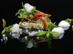 La Tanière features molecular cuisine  and local products. Their approach is resolutely centred on the five senses. http://www.quebecregion.com/en/restaurants/restaurants/la-taniere-31318?a=vis# // La Tanière est un restaurant haut de gamme qui met de l'avant les produits locaux par la gastronomie moléculaire tout en exploitant vos 5 sens! http://www.quebecregion.com/fr/restaurants/restaurants/la-taniere-31318?a=vis #gastronomy #gastronomie #travel #quebec #molecular #moleculaire