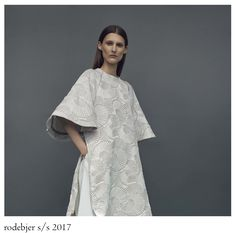 Rodebjer is one of those brands who really loves women and consequently knows in what kind of clothes the women want to live, work, fee. Kinds Of Clothes, Kimono Top, Women Wear, Dinner, Party, How To Wear, Tops, Dresses, Fashion