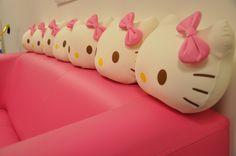 hello kitty sofa =^_^=