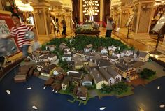 here-is-a-diorama-of-the-original-austrian-village-in-china-the-original-village-thrives-on-tourism-chinas-version-is-a-high-end-residential-project.jpg (900×609)