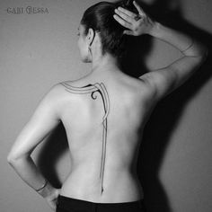 890 отметок «Нравится», 16 комментариев — Gabi Bessa | TATTOO (@gabibessatattoo) в Instagram: «ArtDeco Inspiration  #gabibessa #tattoo #tatuagem #tatuagemfeminina #inked #inkedgirls #body #art…»