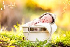 Outdoor Newborn Photography by Brisbane Photography company Sunlit Studios