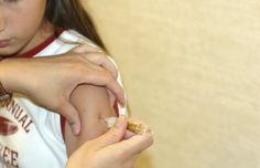 Les campagnes de vaccination actuelles sont telles que ni les jeunes ni les parents ne peuvent donner de consentement éclairé.