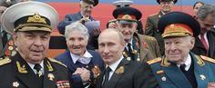 Putin Is Using WWII for Propaganda Because It's the Best Memory That Russia Has / Tikhon Dzyadko + New Republic | #socialgeo