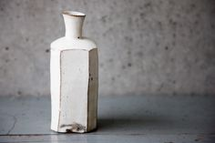sweet imperfections pottery by Hanaoka Yutaka