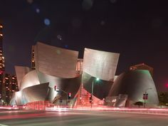 The Walt Disney Concert Hall - Frank Gehry - Los Angeles, United States
