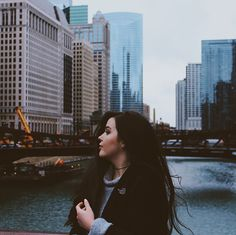 Chicago// photography// buildings// city// travel// wanderlust// lights// self portrait