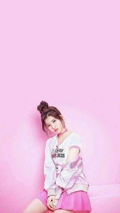 Minatozaki Sana wallpaper by PufKhona - - Free on ZEDGE™ Kpop Girl Groups, Korean Girl Groups, Kpop Girls, J Pop, Tzuyu And Sana, Sana Cute, Oppa Gangnam Style, Warner Music, Sana Momo