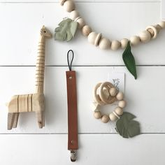 Presents For New Mums, Gifts For New Parents, Baby Sensory Toys, Montessori Baby Toys, Baby Gift Box, Handmade Baby Gifts, Natural Toys, Baby Teethers, Baby Rattle