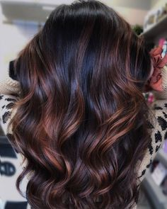 Dark Brown Hair With Caramel Highlights, Dark Chocolate Brown Hair, Caramel Brown Hair, Highlights For Dark Brown Hair, Brown Hair Balayage, Brown Hair Color Shades, Hair Shades, Hair Color Dark, Brown Hair Colors