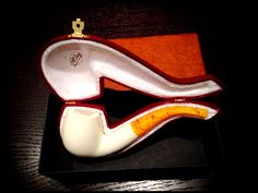 My new meerschaum from Al Pascià, best pipe and leather shop in Milano