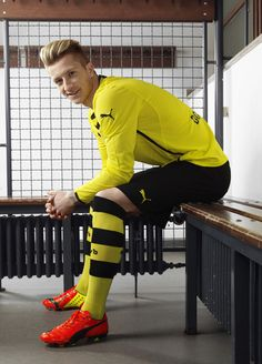 Marco Reus of Borussia Dortmund in the Puma evoPower