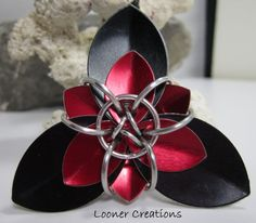 Trillium Scale Flower tutorial by loonercreations on Etsy, $6.00