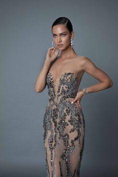Sleek and sophisticated 2019 Evening line haute couture - Style Evening Dresses Evening Dresses, Prom Dresses, Formal Dresses, Wedding Dresses, Fashion Week, Fashion Fall, High Fashion, Luxury Fashion, Unique Dresses