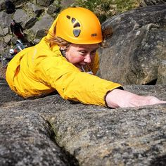 "@clairemawphotos's photo: ""Helen leading at #burbage #peakdistrict @teambmc @peakdistrictnt @visitpeakdistrict #thisgirlcanclimb #thisgirlcan #climbing #womenclimbing"""