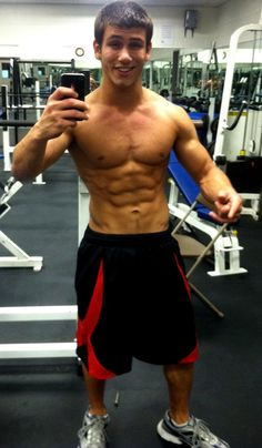 Hot Guys with phones: Men in the mirror selfies http://www.thegailygrind.com/category/gaily-hunk/