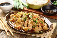 Kurczak z kalafiorem po wietnamsku przepis – Zobacz na przepisy.pl Kung Pao Chicken, Wok, Poultry, Food And Drink, Chinese, Meat, Ethnic Recipes, Products, Backyard Chickens